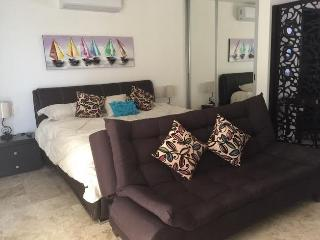 PARAISO 46 - Luxurious Studio w/Swimming Pool !!, Playa del Carmen