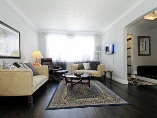 Executive Spacious Home, 3 Bdrm, Centrally Located, Ottawa