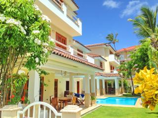 Gorgeous Villa 3bdr Private Pool and Beach, Punta Cana