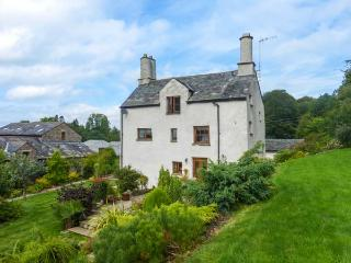 BIRK HAGG FARM, over three floors, en-suites, woodburner, parking, garden, in Kendal, Ref 928147