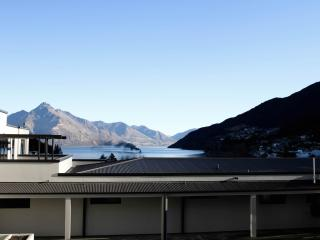 The Glebe Queenstown - 3 BR Apartment Lake View -3