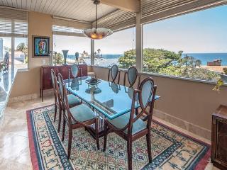 Luxury Ocean Vue Home Steps to beach Playa del Rey