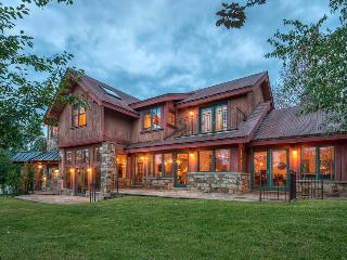 Stunning Home with hot tub, close to golf, basketball & tennis! - Shaqteau Telluride, Mountain Village