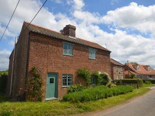 36737 Cottage in Holt, Weybourne