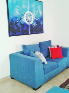 Locally handmade couch makes you wanna grab a glass of freshly squeezed tropical juice n chat...