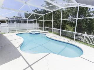 5 miles to Disney! - Luxury Pool Home Sleeps 10