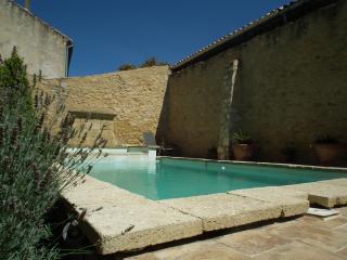 mas provence piscine chauffée, Chateauneuf-du-Pape