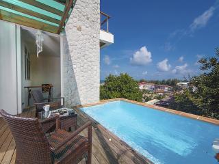 Karon Hill Villa 19 - 2 BR Hillside With Sea Views