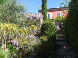 appartement 3 p. 70 m² dans vieux mas provençal, Pegomas