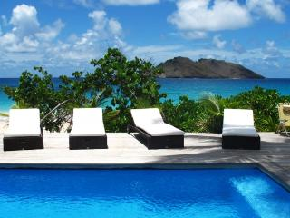 Villa Do Dragan St Barts Rental Villa Do Dragan, Lurin