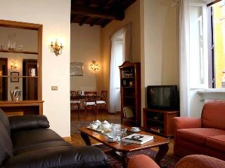 Ancient Trevi Roman Apartment, Rome