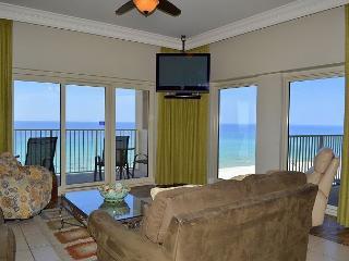 Hard-to-find Gulf & beach front 3 BR w/2 pools, sauna, direct beach access, Miramar Beach