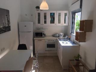 Dizingof penthouse  5 min from hilton beach