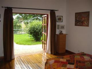 2p-Chambre IRIS à Villa V pool WiFi resto terrasse