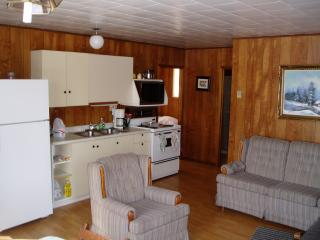 3-bedroom cabin, Webbwood