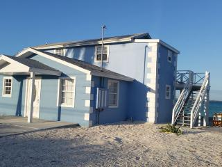 Great Exuma Getaway , Boat and car rentals Available