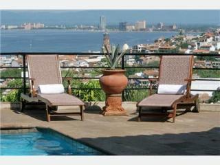 Romantic Ocean View Tuscan style Villa, Puerto Vallarta