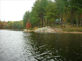 Secluded Cabin on Your Own Private Lake, Haliburton