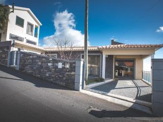 Caixeira's House, Arco da Calheta