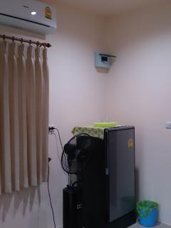 Fridge , fan and Airconditioning