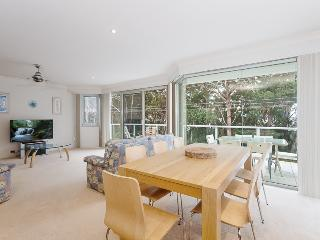 6 'Bagnall's Beach Apartments' ,153 Government Road Nelson Bay