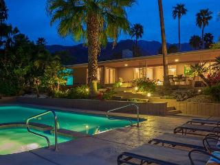 Above it All~SPECIAL TAKE 20%OF ANY 5NT STAY THRU 3/4, Palm Springs