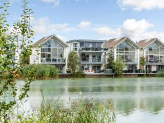24 Howells Mere Lake, The Lower Mill Estate, Cirencester