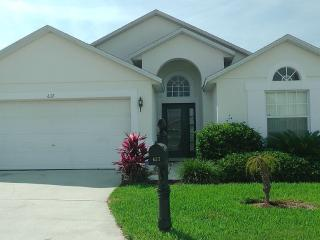 Large Private South Facing Villa. Large Games Room, Orlando