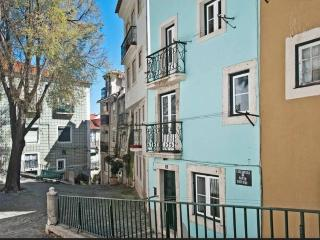 ESTEVAO II - Cozy for 2 in Alfama !, Lisboa
