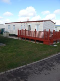 8 Berth caravan, Golden Palm Chapel st leonard mv, Skegness