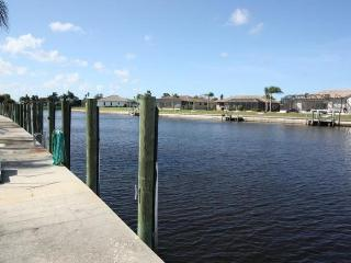Beautiful, 2/2 Condo, prime waterfront property., Punta Gorda