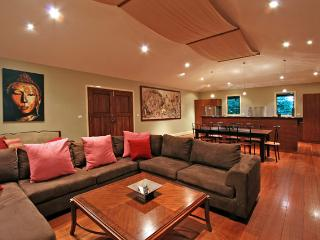 Laanecoorie - 4 Bedroom House, Byron Bay