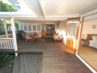 On Carlyle - 3 Bedroom House, Byron Bay