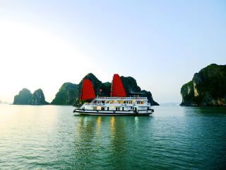 Package 2 days 1 night on Cozy Cruise in Halongbay, Tuan Chau Island