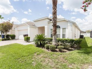 4BD/3BA,RENOVATED,EXECUTIVE VILLA WITH SPA,MUST SEE,10 MIN FROM DISNEY, Kissimmee
