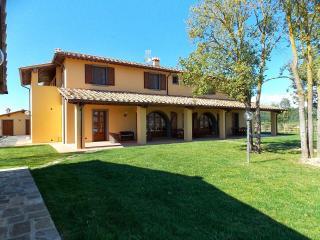 10 bedroom Villa in Terricciola, Volterra And San Gimignano Surroundings