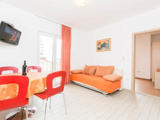 Apartment Lelas 2+1