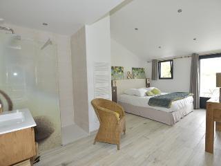 chambre avec lit king size 180/200