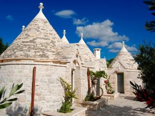 trulli spinosa, Cisternino