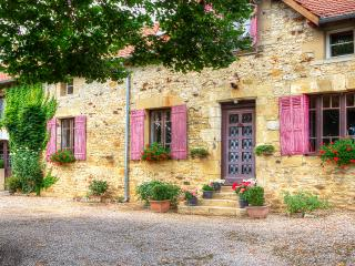 Farmhouse near Sarlat- Private pool, Sarlat-la-Canéda