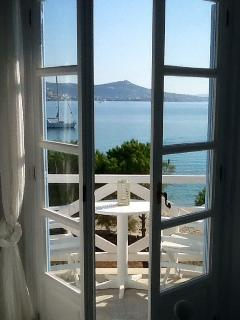 Imagine waking up to these spectacular views!