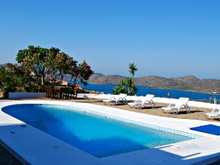 LUXURY VILLA / HOLIDAY HOME KRETA ELOUNDA, Elounda