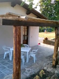 La 'casina del ciliegio' cottage tra la piscina e il bosco