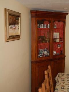 Tenby house rental - Period furniture