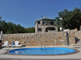 Stone house with pool, Risika