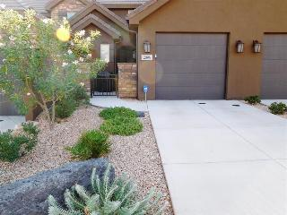 Emerald Cove - Coral Ridge Vacation Rental in St George, Utah, Orangeville