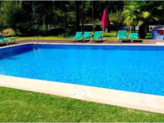 Aroeira's paradise - magnific villa with pool