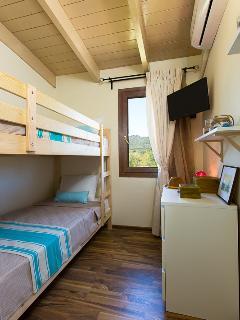 Twin bedroom upstairs!