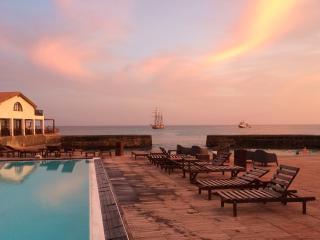 Porto Antigo Resort 1 bed Sea View & Pool, Santa Maria