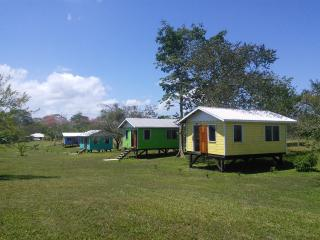 Moe's Holiday Cabins / Lodge Site Rentals In Cayo, San Ignacio